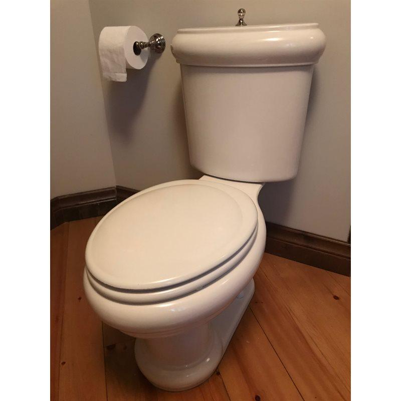 Toilettes Deux Pièces